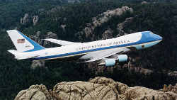 746px-Air_Force_One_over_Mt__Rushmore-w250-h250.jpg