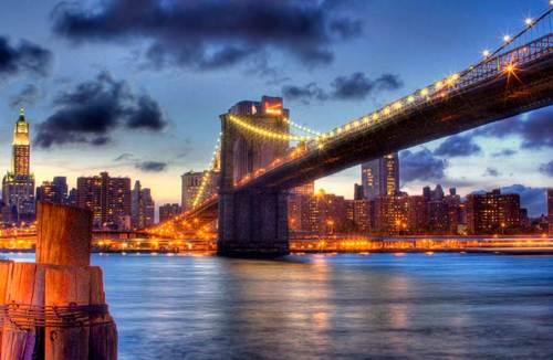 bklyn-bridge-at-night.jpg