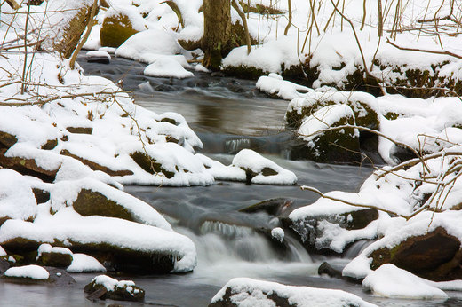 jepps-brook-long-exposure-snowy.jpg