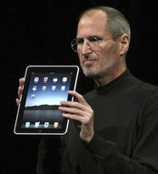steve jobs with ipad.jpg